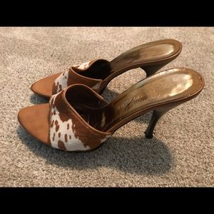 Donald J. Plainer camel open toe stiletto